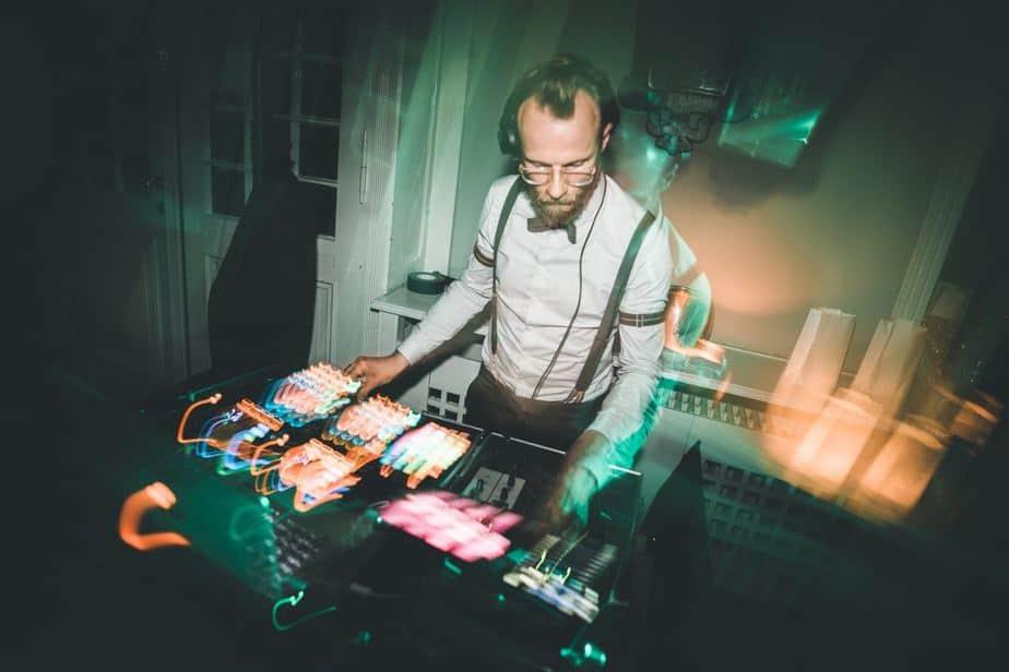 DJ Greg Oorange im Schloss Blankensee