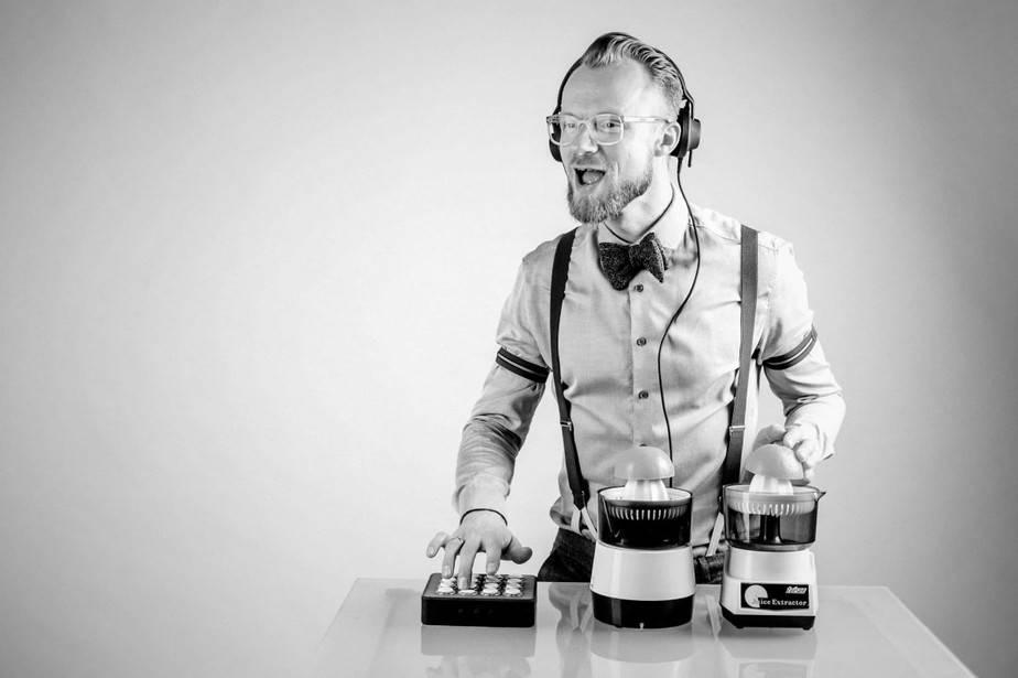 Event DJ Berlin Greg Oorange . DJ Firmenfeier
