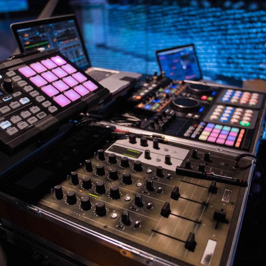 Event DJ Greg Oorange, DJ Set up