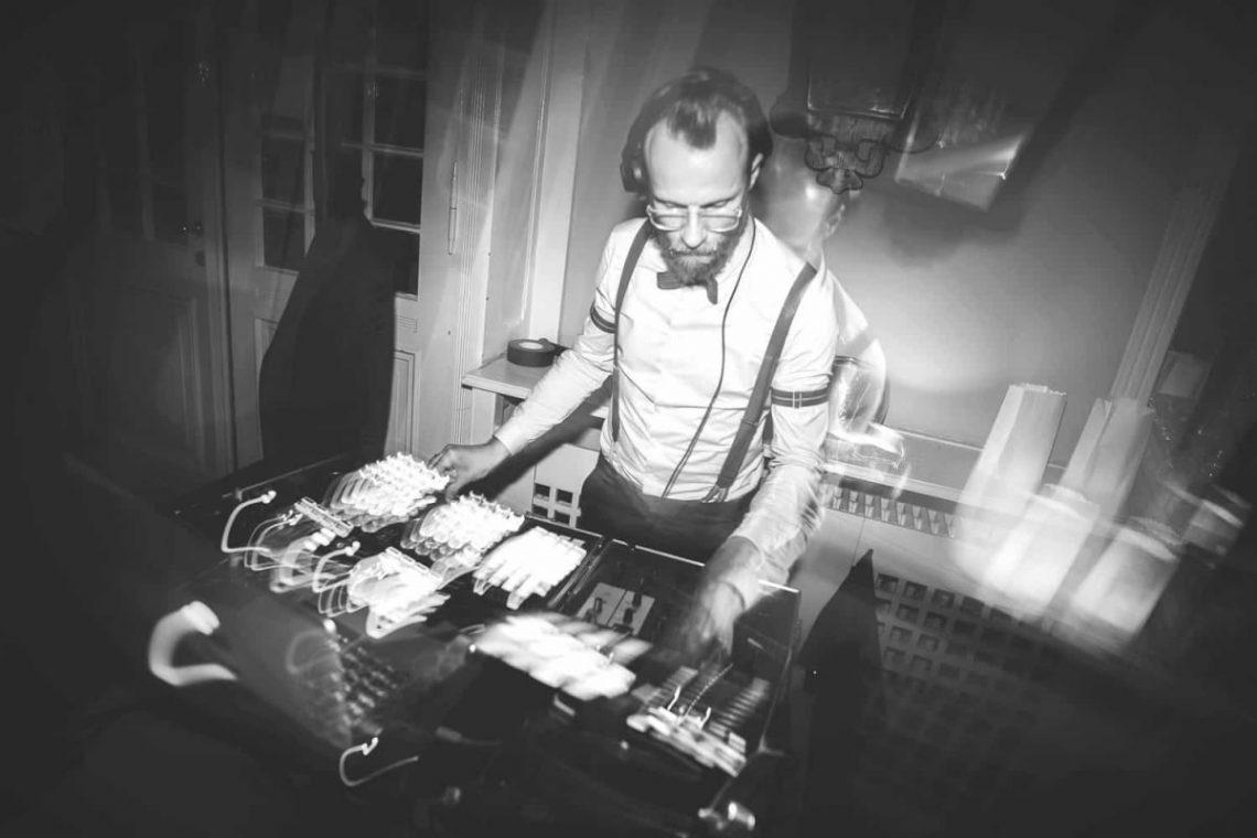 DJ buchen Berlin, Musikalische Begleitung durch DJ Greg Oorange